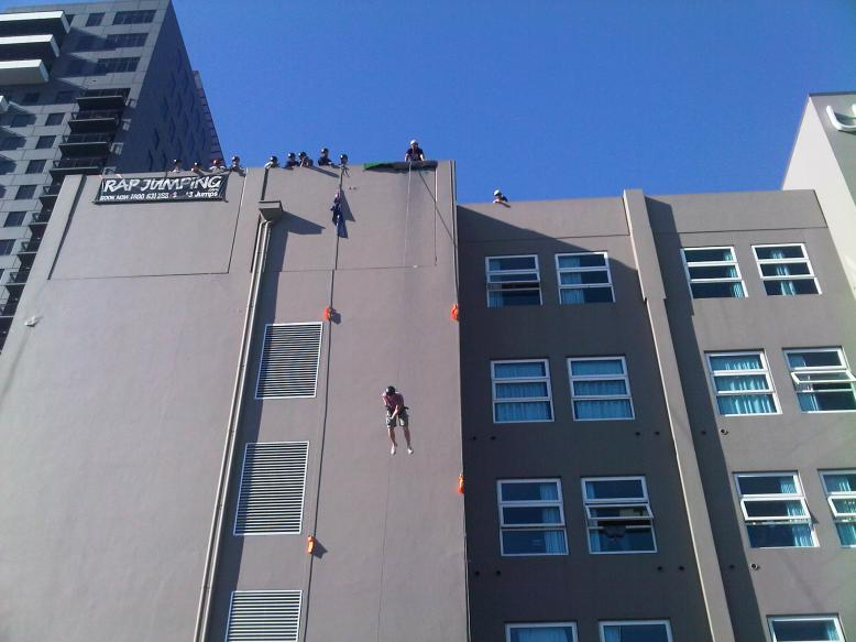 Rappelling 2011