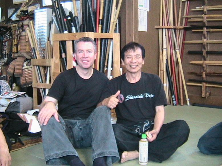 Shiraishi Shihan and Shihan Hodson at Hombu dojo - Training in Japan